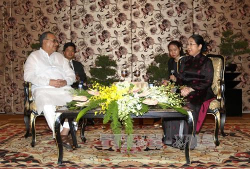 胡志明市领导会见孟加拉国共产党主席 hinh anh 1
