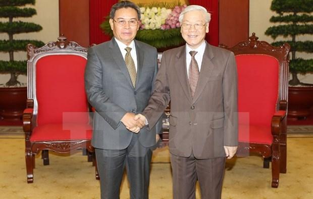 阮富仲总书记会见老挝建国阵线中央主席赛宋蓬·丰威汉 hinh anh 1
