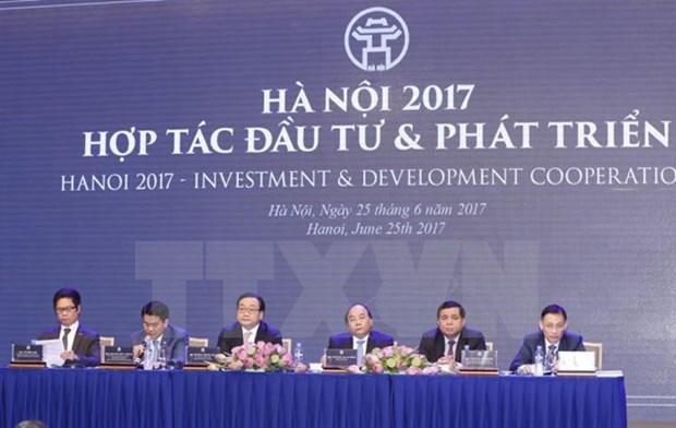 越南政府总理阮春福:动员市民和企业携手共建现代、特色的河内市 hinh anh 1