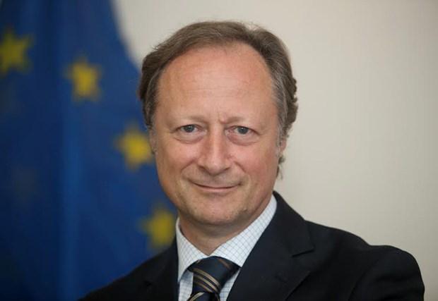 越南希望与欧盟加强防务合作 hinh anh 1