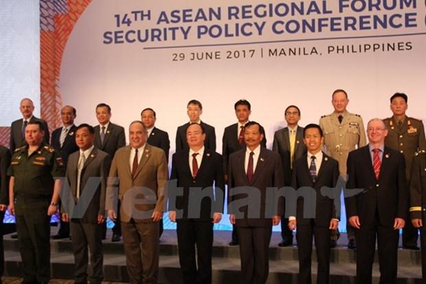 越南出席东盟地区论坛安全政策会议 hinh anh 1
