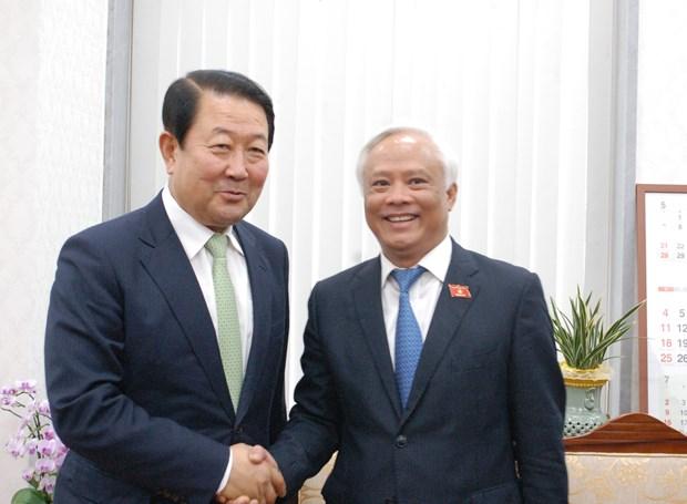 越南国会副主席汪周刘访问韩国 hinh anh 1
