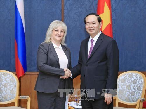国家主席陈大光前往圣彼得堡市进行访问 hinh anh 2