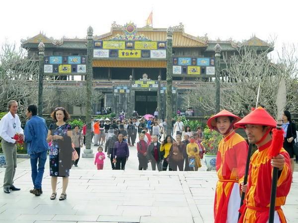 承天顺化省力争成为东南亚地区的一流旅游目的地 hinh anh 1