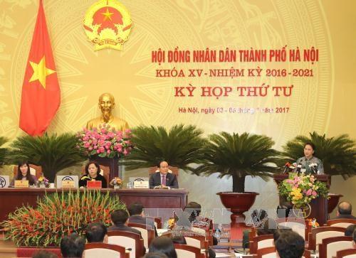 第十五届河内人民议会第四次会议:重点讨论首都经济社会相关问题 hinh anh 1