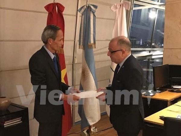 阿根廷外交部长高度评价越南发展成就 hinh anh 1