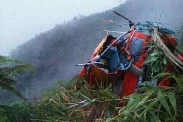 印尼一救援直升机坠毁 8人死亡 hinh anh 1