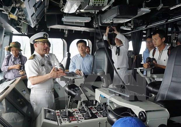 越美海军举行第八次交流活动 hinh anh 3