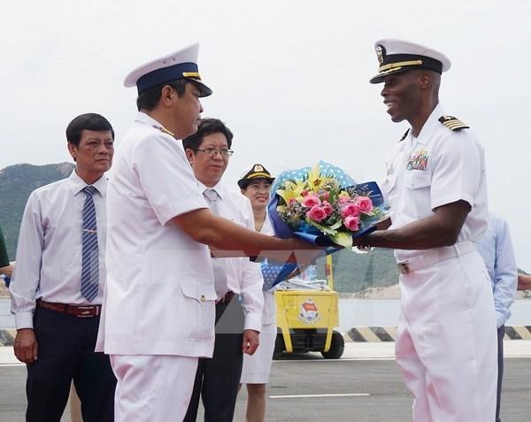越美海军举行第八次交流活动 hinh anh 1