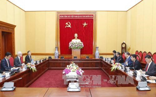 越南公安部与国际刑警组织加强合作 hinh anh 2
