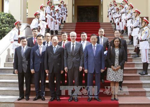 越南公安部与国际刑警组织加强合作 hinh anh 3
