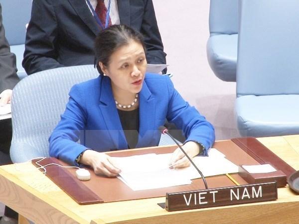 越南高度评价各国投票通过《禁止核武器条约》 hinh anh 1