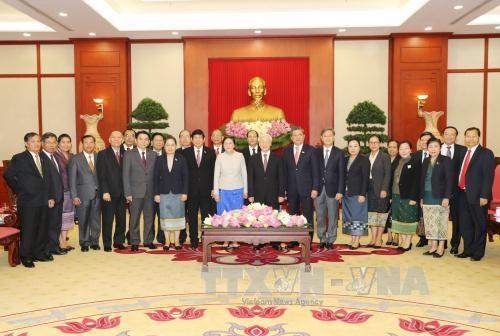 越共中央总书记阮富仲会见老挝国会主席巴妮•雅陶都 hinh anh 3