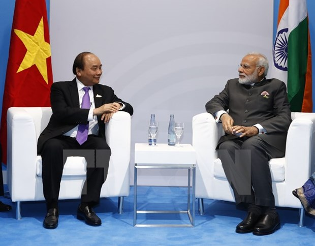 阮春福与各国和国际组织领导举行双边会晤 hinh anh 2