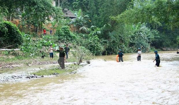 越南北部地区各省洪水灾害致12人死亡 经济损失达200多亿越盾 hinh anh 1