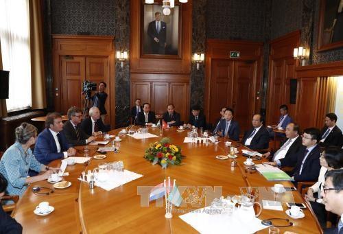 政府总理阮春福:越南重视促进与荷兰的全面合作 鼓励两国各地方加强合作 hinh anh 2