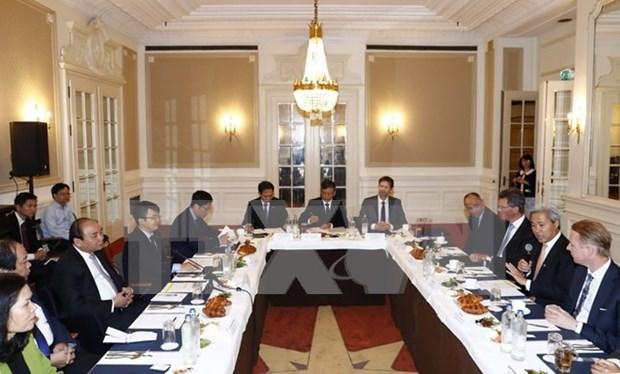 越南政府总理阮春福:越南政府将外国投资者的成功视为自己的成功 hinh anh 2