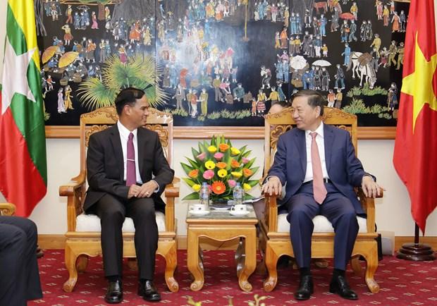 公安部部长苏林上将会见缅甸内政部副部长昂索 hinh anh 1