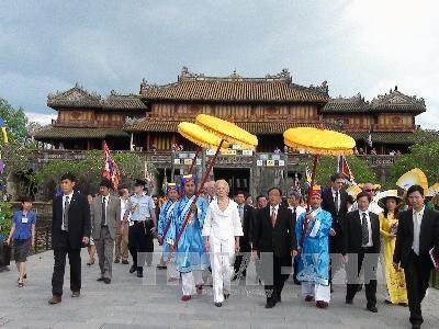 顺化皇宫是越南7大最佳旅游景点之一 hinh anh 2