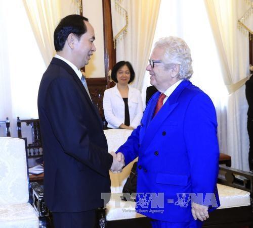 陈大光会见芬兰和希腊驻越大使 hinh anh 3