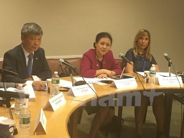 """越南主持召开""""通信-信息技术与扶贫""""国际座谈会 hinh anh 1"""