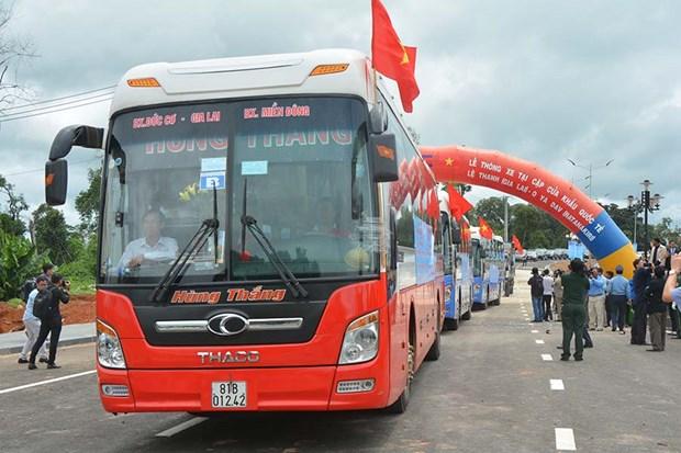越柬建交50周年:两国陆路运输l路线正式通车 hinh anh 2