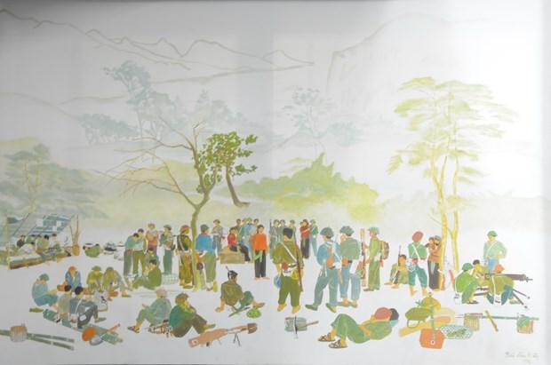 """越南伤残军人和烈士日70周年:""""不可忘记的岁月""""画展在河内举行 hinh anh 2"""