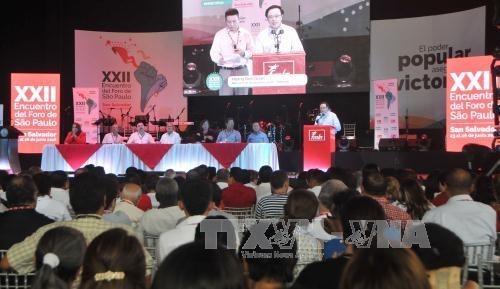 越共代表团出席圣保罗论坛第23次会议 hinh anh 1