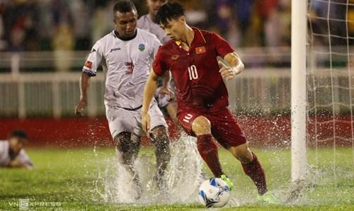 越南U23足球队4比0横扫东帝汶队 hinh anh 1