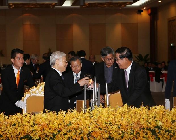 柬埔寨人民党主席洪森:尽全力巩固发展越柬传统的团结友谊和全面合作 hinh anh 1