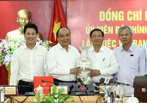 越南政府总理阮春福:河静省应实现发展新跨越 提升民众生活水平 hinh anh 1