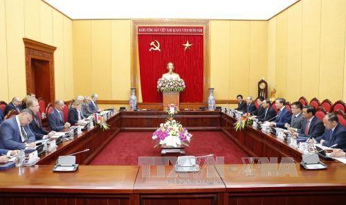 越南公安部与俄罗斯联邦国家安全委员会加强合作 hinh anh 2