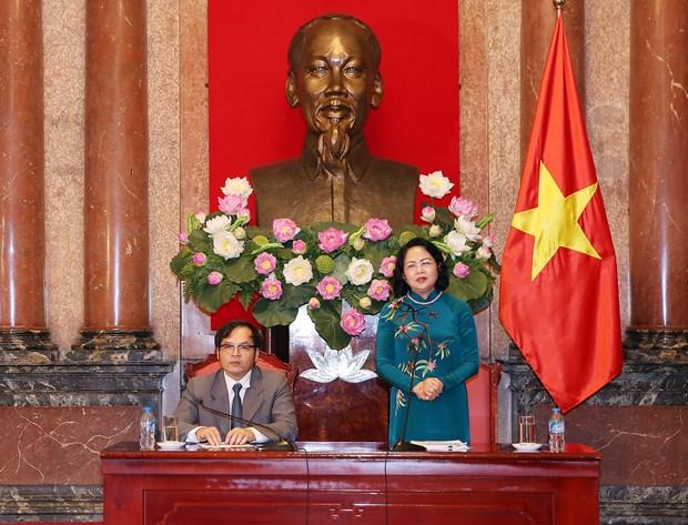 国家副主席邓氏玉盛会见越南中小企业协会代表 hinh anh 2