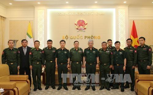 国防部副部长阮志咏上将会见缅甸军事安全总局副总局长 hinh anh 2