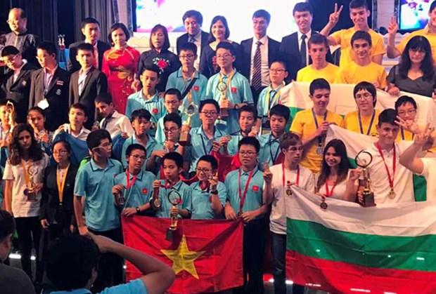 越南学生在印度国际数学竞赛夺得冠军杯 hinh anh 1