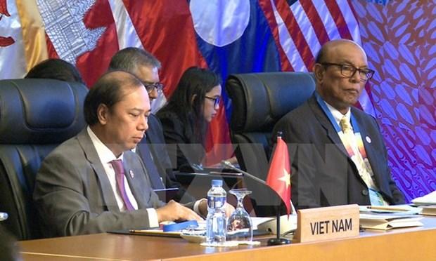 东盟高官会同意将海上合作视为东亚地区优先合作领域 hinh anh 1