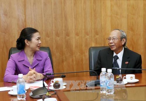 越南祖国阵线领导: 希望巴哈伊教信教群众加强团结 共同建设民族大家园 hinh anh 1
