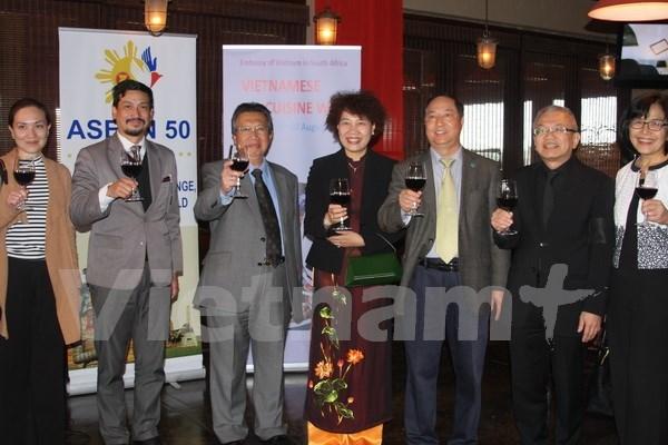 越南驻南非大使馆举行文化旅游与饮食周活动 hinh anh 1