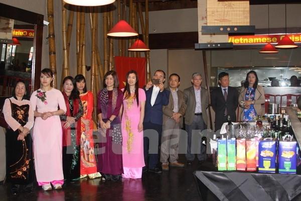 越南驻南非大使馆举行文化旅游与饮食周活动 hinh anh 2