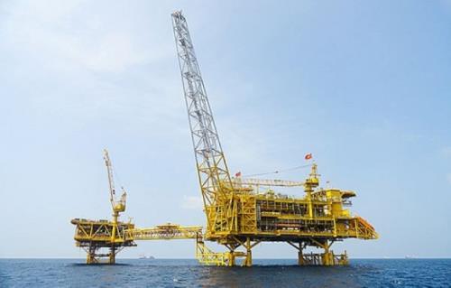 东海POC: 石油钻井平台全负荷运行 hinh anh 1