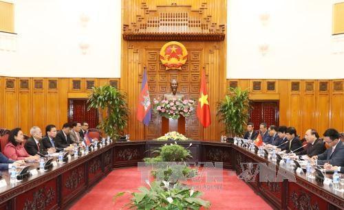 越南领导人会见柬埔寨参议院第一副主席奈北纳 hinh anh 1