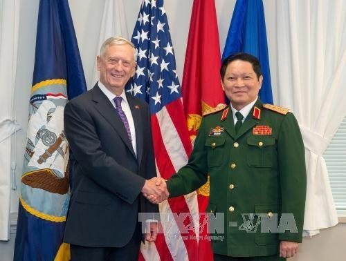 越南与美国加强防务合作 hinh anh 1