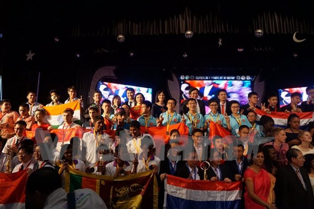 2017年IMC国际数学竞赛落幕越南共夺得56枚奖牌 hinh anh 1