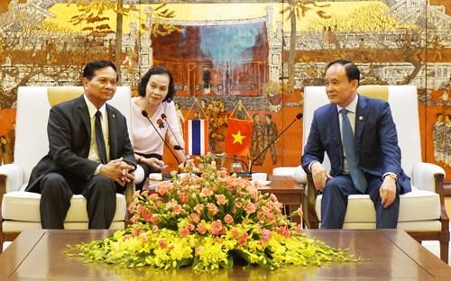 河内与曼谷分享投资合作管理经验 hinh anh 1