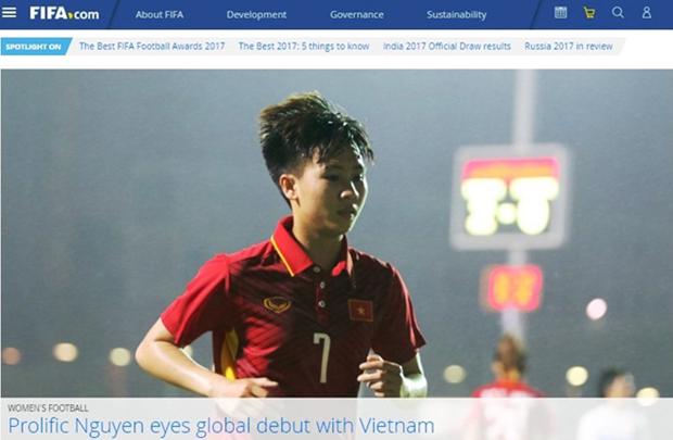 越南一女足运动员登上国际足联网页 hinh anh 1