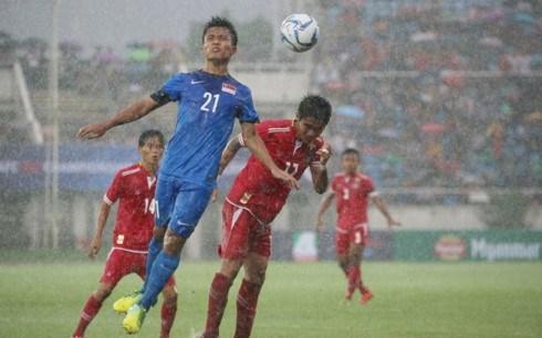 第29届东南亚运动会男足比赛:缅甸队梅开二度取开门红 hinh anh 1