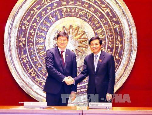 越南国会加强与蒙古国国家大呼拉尔的合作 hinh anh 1