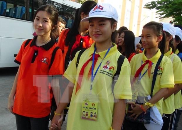 越老建交55周年:2017年越老儿童友谊夏令营在庆和省举行 hinh anh 1