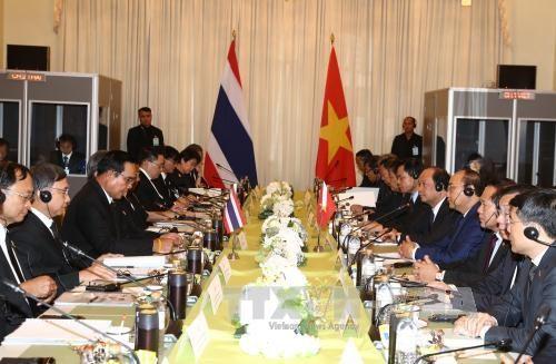 越南政府总理阮春福与泰国总理巴育·占奥差举行会谈 hinh anh 2