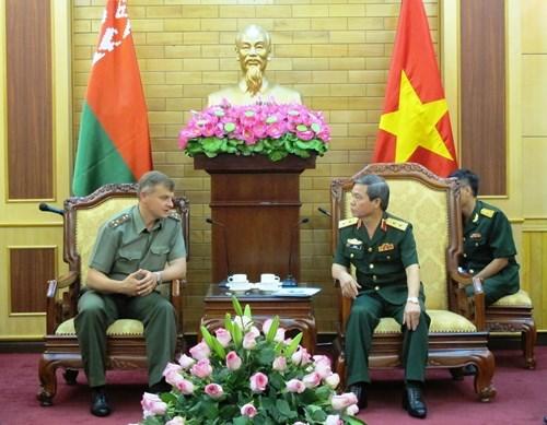 越南与白俄罗斯军队加强媒体合作 hinh anh 1